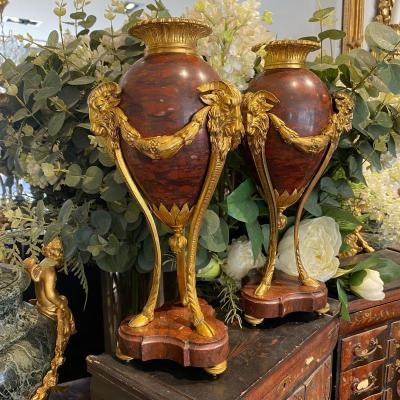 Paire De Cassolettes Napoléon III En Marbre Rouge Et Bronze Doré XIX Ieme