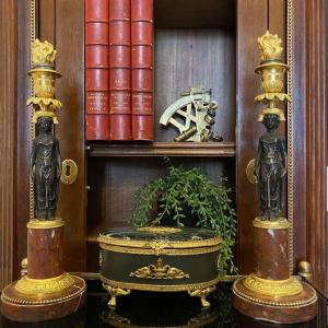 Oval Box In Gilt Bronze, Brown Patina And Sea Green Marble XIX Ieme