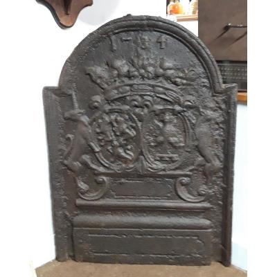 Plaque De Cheminée Datée 1734