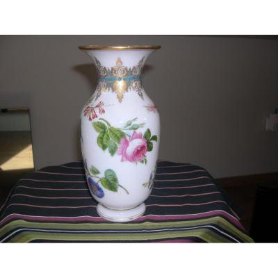 Vase Opaline  fin 19eme A Decor Fleuri