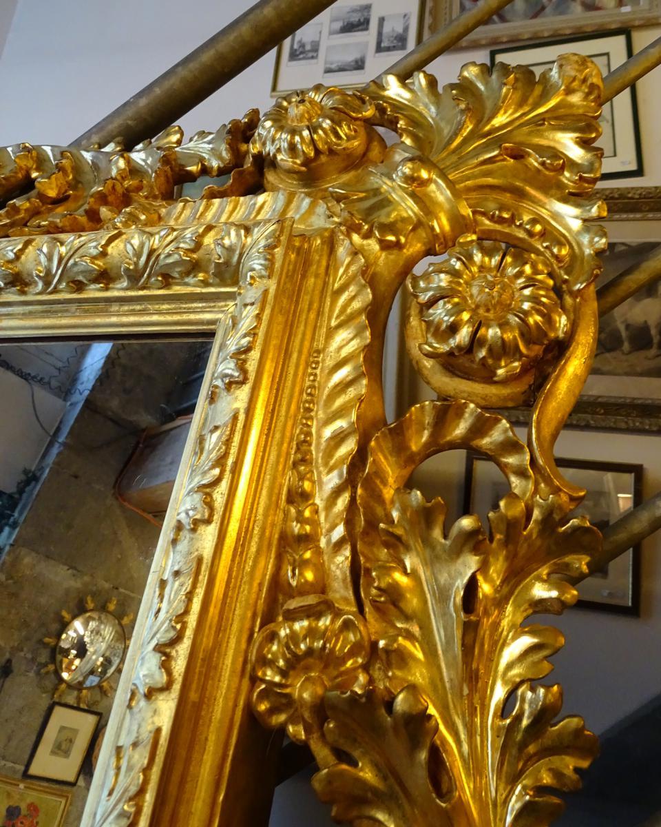 Grand Miroir Baroque Italien En Bois Sculpté Doré 19ème