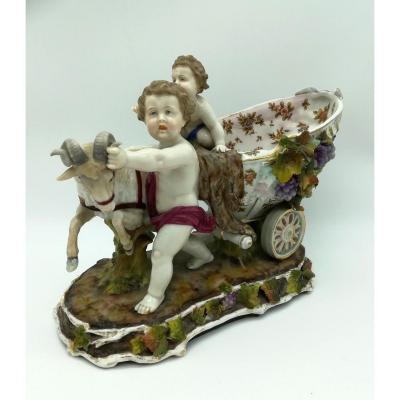 Groupe Enfants Et Bouc En Porcelaine 19ème