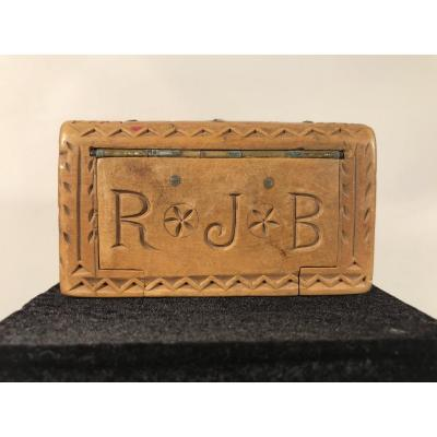 Snuffbox In Carved Wood, 19th-popular Art