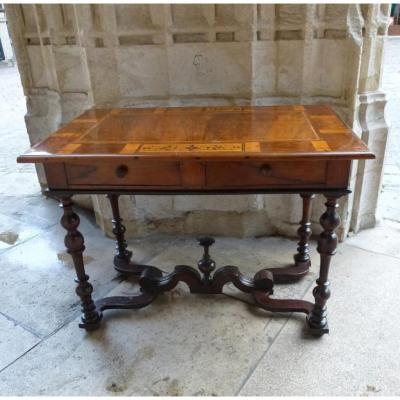 Table En Noyer  Epoque Louis XIV