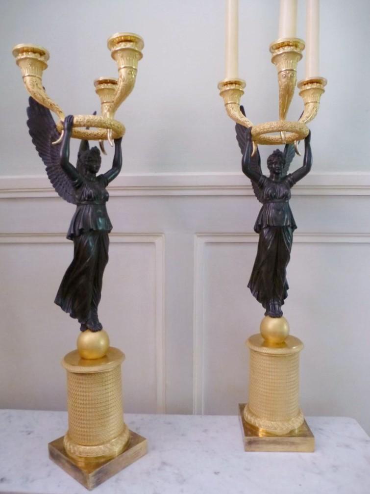 Paire De Candélabres En Bronze Patiné Et Doré  Epoque Empire