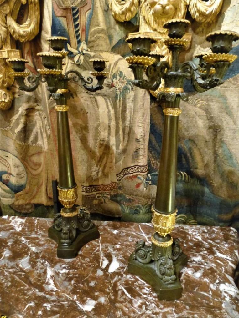 Paire De Candélabres En Bronze Patiné Et Doré  Epoque Restauration