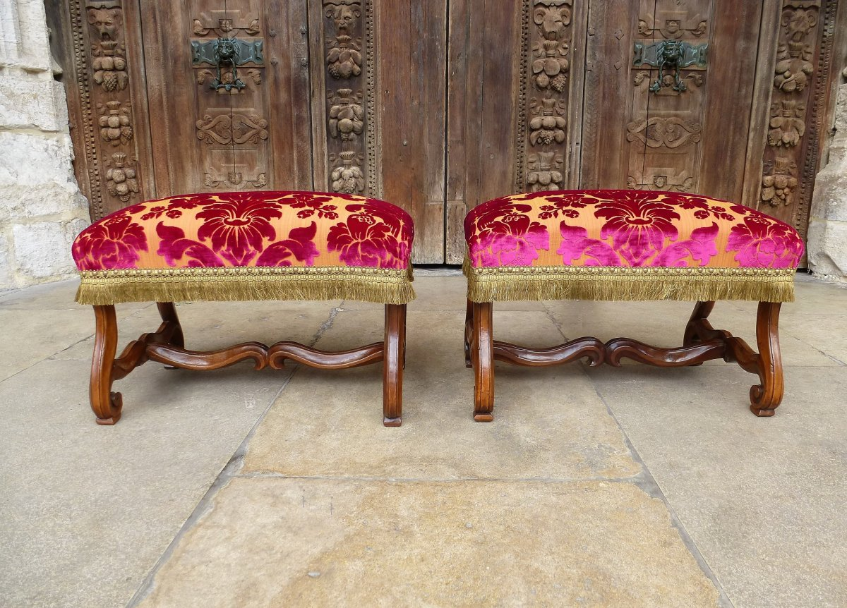 Pair Of Walnut Barstools Regency Period