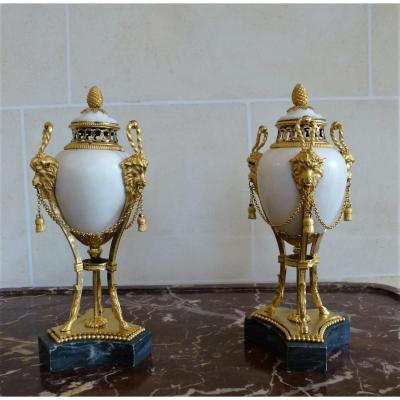 Pair Of Cassolettes In Marble And Gilt Bronze Louis XVI Period