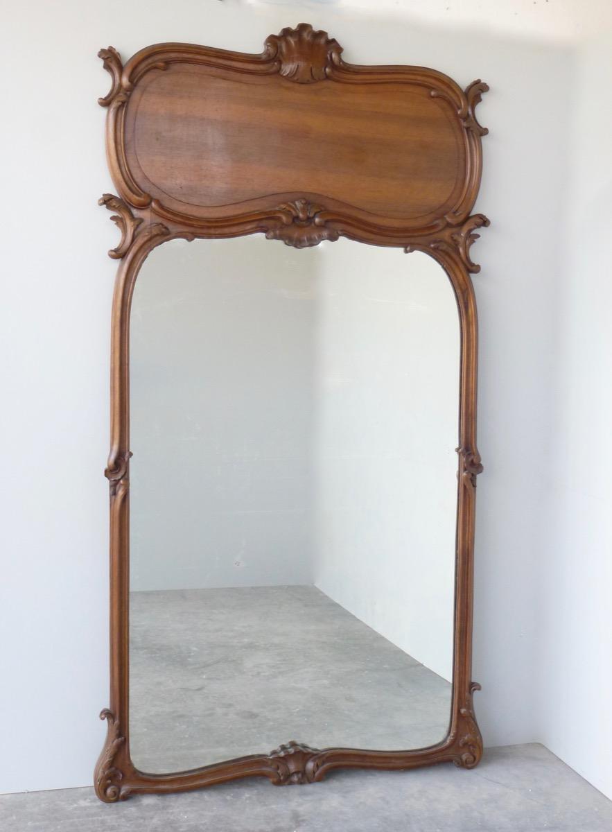 miroir ou trumeau en noyer art nouveau trumeaux. Black Bedroom Furniture Sets. Home Design Ideas