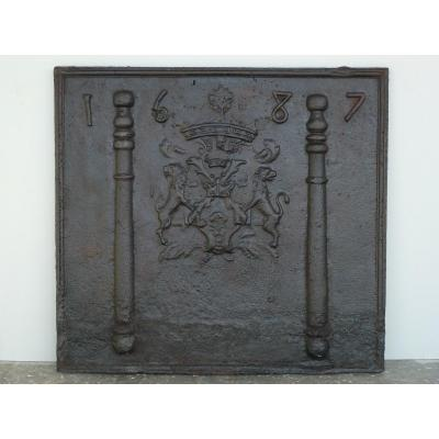 Plaque de cheminée au briquet de Bourgogne d'époque XVIIéme S.   ( 96 x 88 cm )