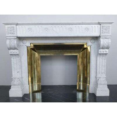 Cheminée en marbre blanc de Carrare de style néo classique