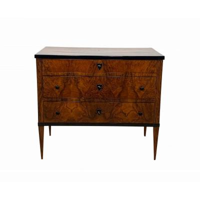 Small Biedermeier Commode / Chest Of 3 Drawers, Walnut Veneer, Southwest Germany Circa 1820