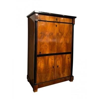 Biedermeier Armoire Or Wardrobe Walnut And Ash Veneer, Austria Circa 1820