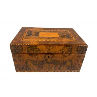 Biedermeier Box, Walnut Root Veneer With Inlays, South Germany Circa 1820