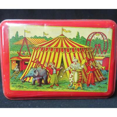 The Boxed Circus