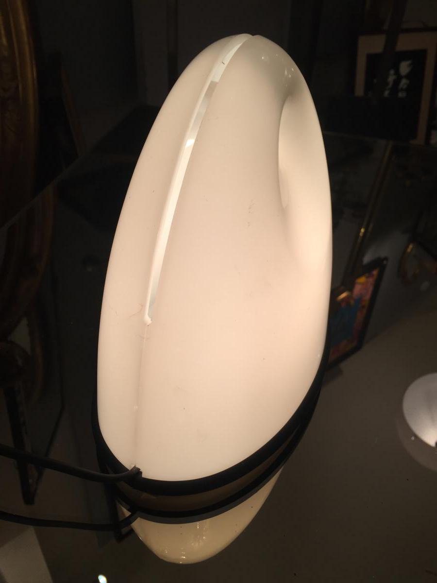 lampe poser luminaire de chevet guzzini lampes. Black Bedroom Furniture Sets. Home Design Ideas