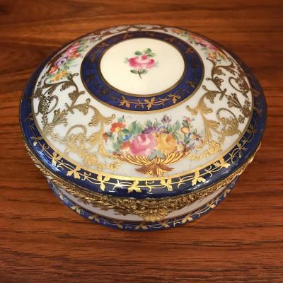Le Tallec , Coffret, Boîte En Porcelaine De Limoges.