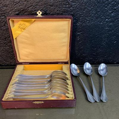 Ercuis, 12 Art Deco Teaspoons.