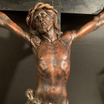Important Christ In Wood From XIX Eme Century.