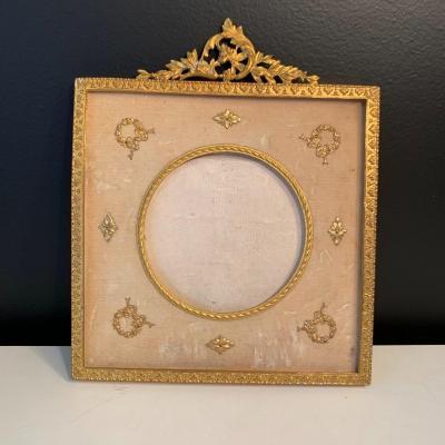 Photo Frame In Gilt Bronze From XIX Eme Century.