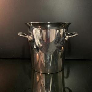 Champagne Bucket In Silver Metal.