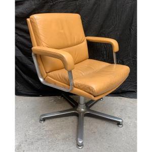 2 /. Design Armchair 1970.