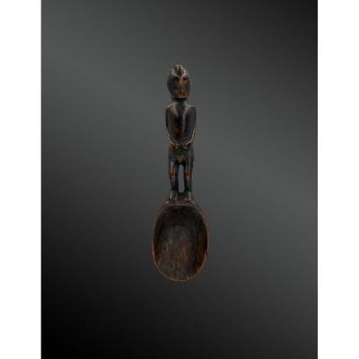 Cuillère à figure anthropomorphe - Culture Ifugoa, Philippines  de la fin du XIXème siècle
