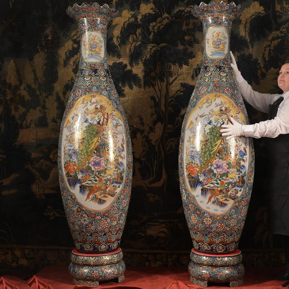 grande paire de vases satsuma japon d but du xxe si cle. Black Bedroom Furniture Sets. Home Design Ideas