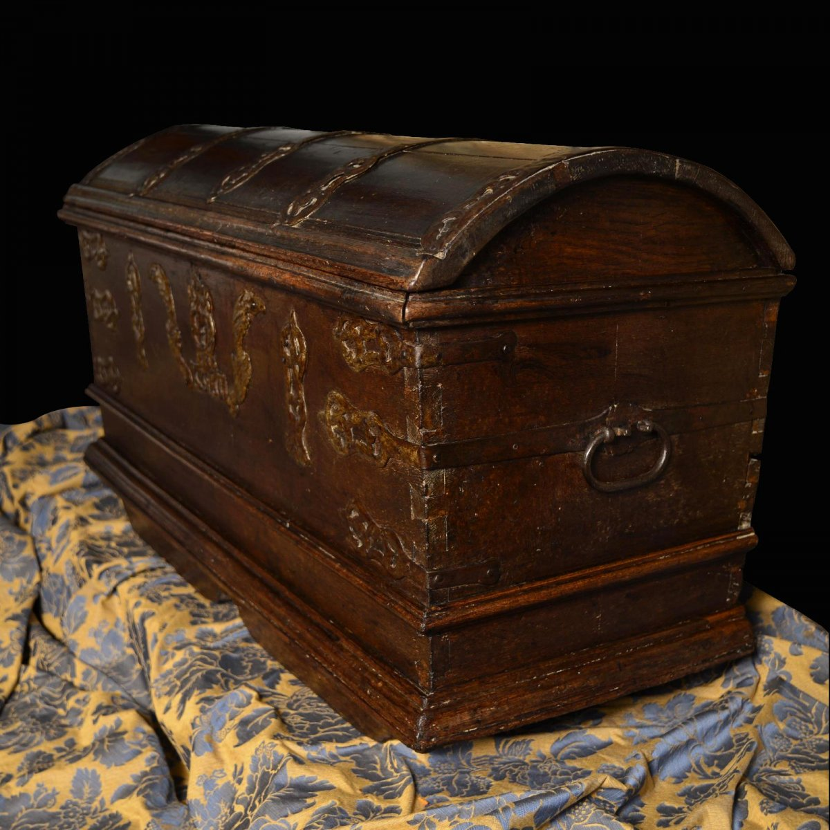 Old Dutch Treasure Chest Of The Sixteenth Century