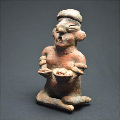 Mexique, 100 av - 250 ap JC, Culture Nayarit - Ixtlan del Rio, Porteuse de coupes polychrome
