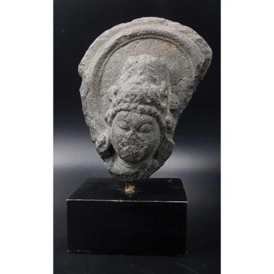 Stone Head - Pala - Xth Century - India -