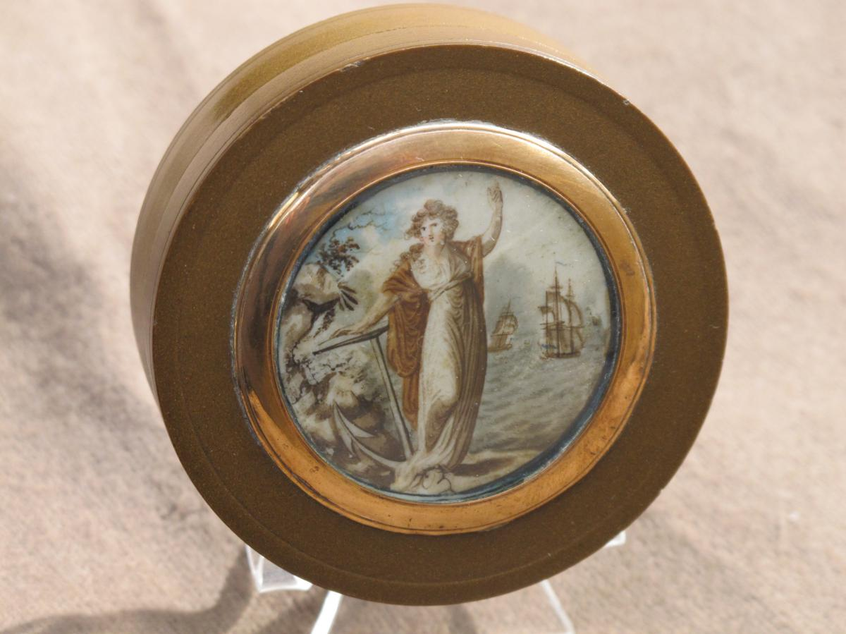 Boite Ornée d Une Miniature Allégorie De La Marine