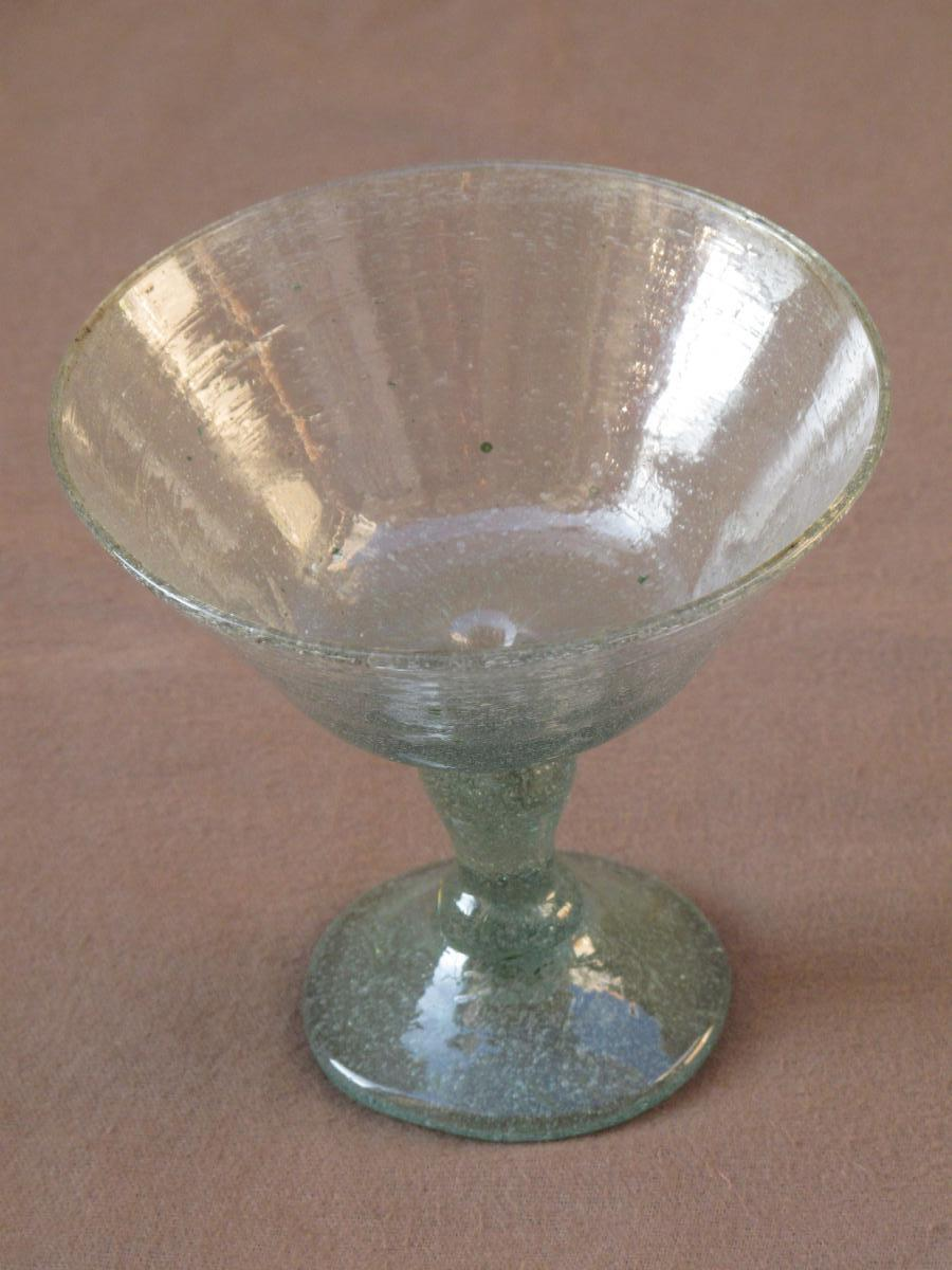Cup Freestanding Glass Era XVIII Century Extremely Bubbly