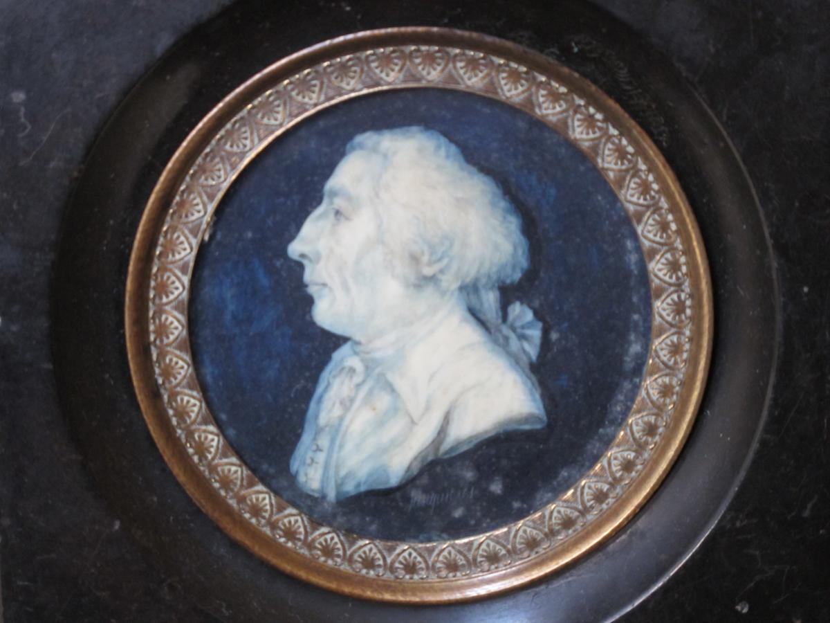 Miniature Sur Ivoire Homme De Profil Signée Jaucquières époque XVIII ème Siècle