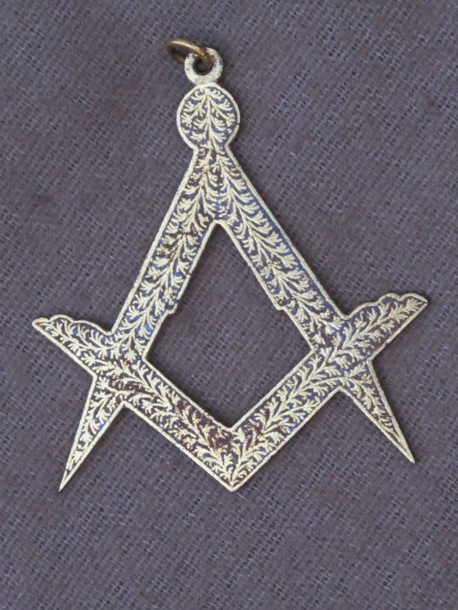 Bijou Insigne Médaille Franc Maçon Compas équerre  Bronze Doré XIX ème Siècle