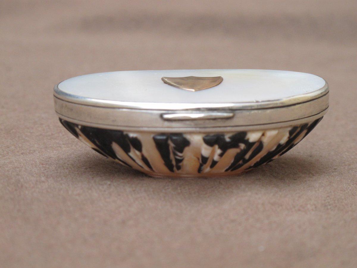 Silver Box Gold Pearl And Shell Empire Period