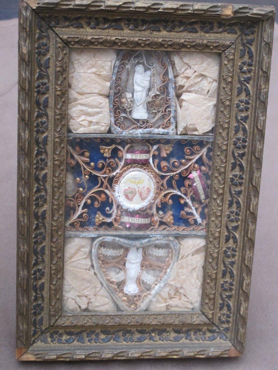Cadre Reliquaire Paperolle Félix Benoit Donatien  Vierge Papiers Roulés époque XIX ème Siècle