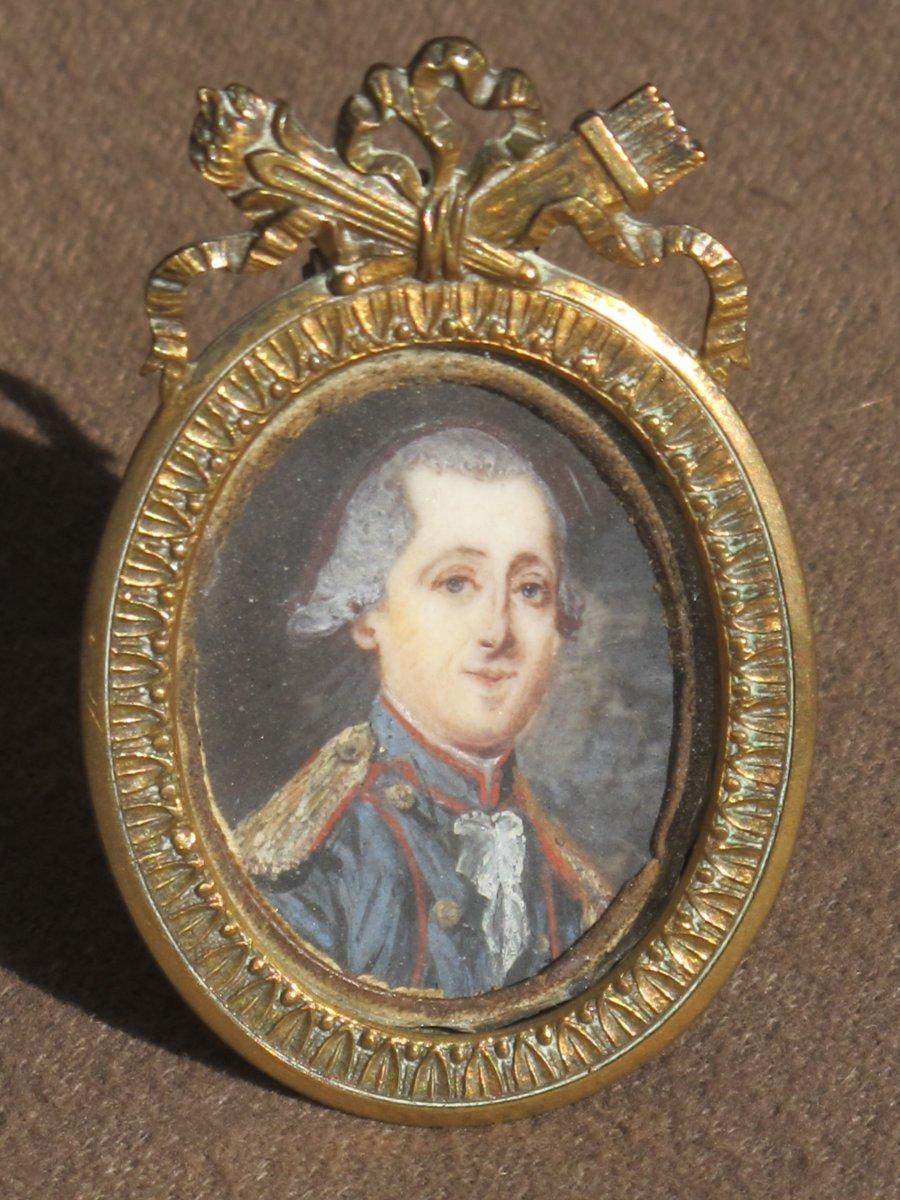 Miniature Militaire époque Louis XVI Ancien Régime Uniforme Français épaulette Cadre Attributs