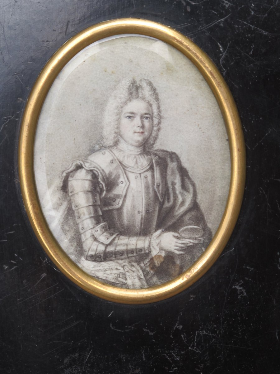 Miniature Lord In Armor With Snuffbox Drawing Of A Very Great Finesse