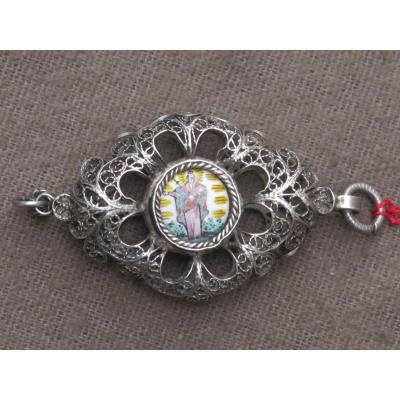 Medallion Silver Cross Pendant