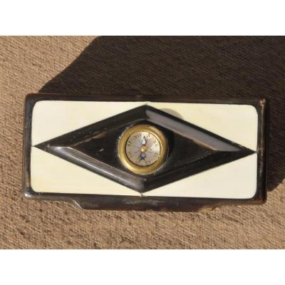 Box Snuffbox Horn And Ivory With A Compass