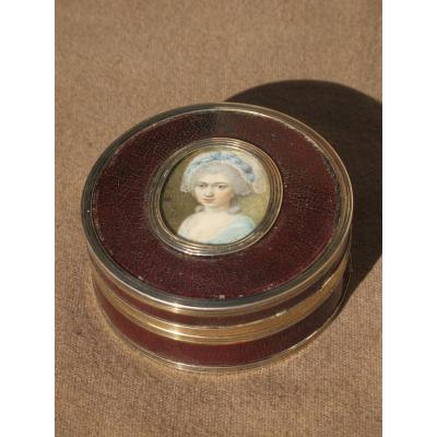 Box Varnish Martin And Miniature Woman Louis XVI Silver Rimmed
