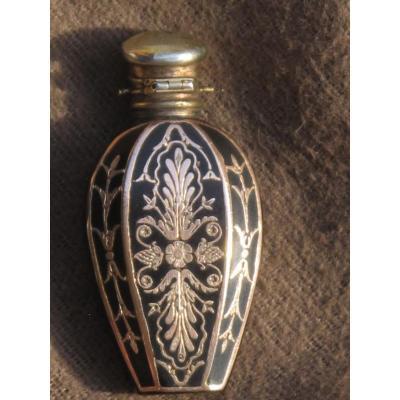 Flacon Parfum Incrustation d'Or époque XIX ème Siècle