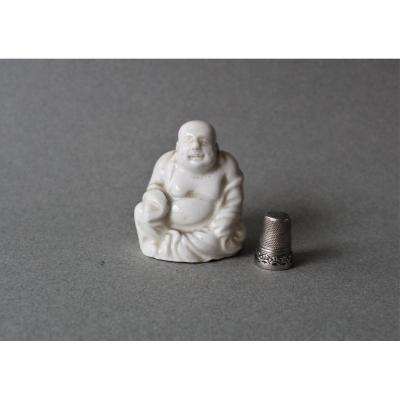 China: Small Boudha In Porcelain 19th