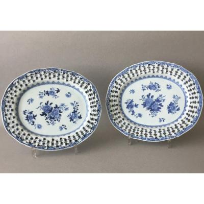 China : Pair Of Blue And White Oval Dishes Qianlong Circa 1780