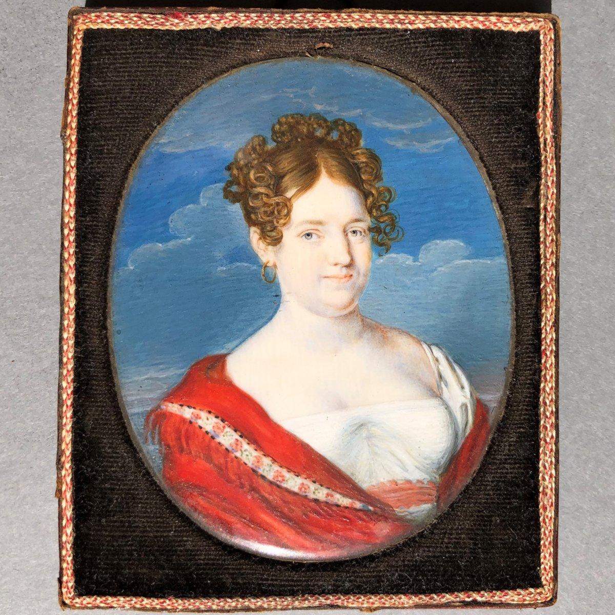 Belle miniature sur ivoire, portrait de femme en buste, époque empire