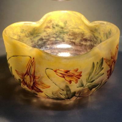 Daum Nancy France: Polylobed Round Cup, Enamelled Decoration With Ancolies