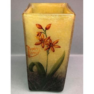 Daum Nancy: Vase With Enamelled Decoration Of Wallflower Flowers