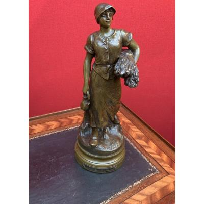 """Bronze """"the Return From The Fields"""" Signed Maurice Constant"""