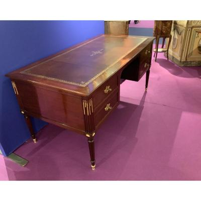 Lxvi Period Desk In Solid Mahogany. 18th Century Port Work